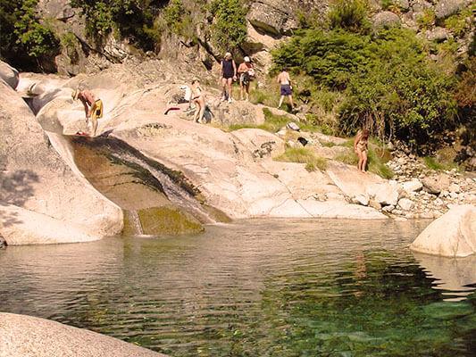 vacaciones alternativas verano en la montaña