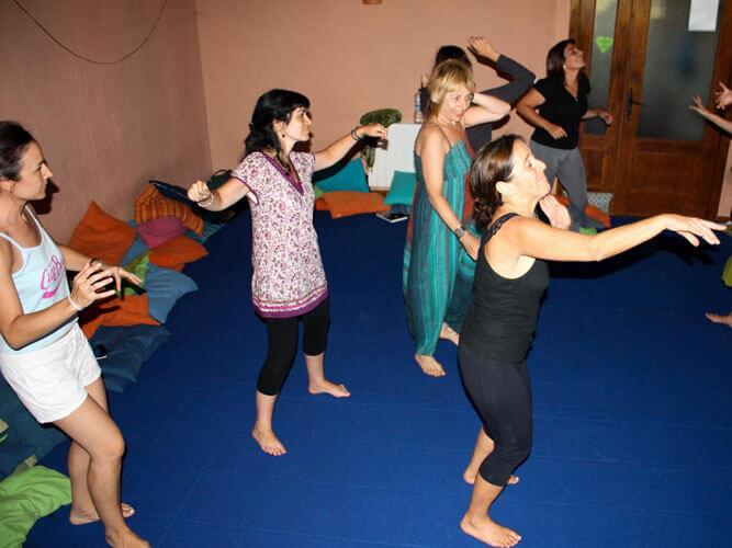 foto vacaciones alternativas biodanza grupo mujeres