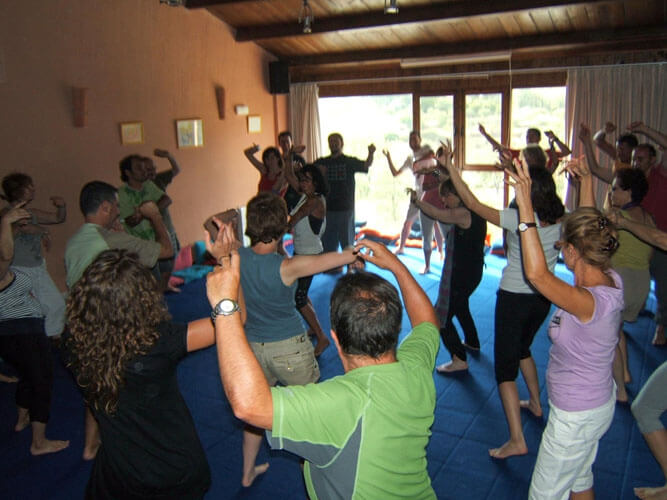 vacaciones alternativas clases biodanza diversion