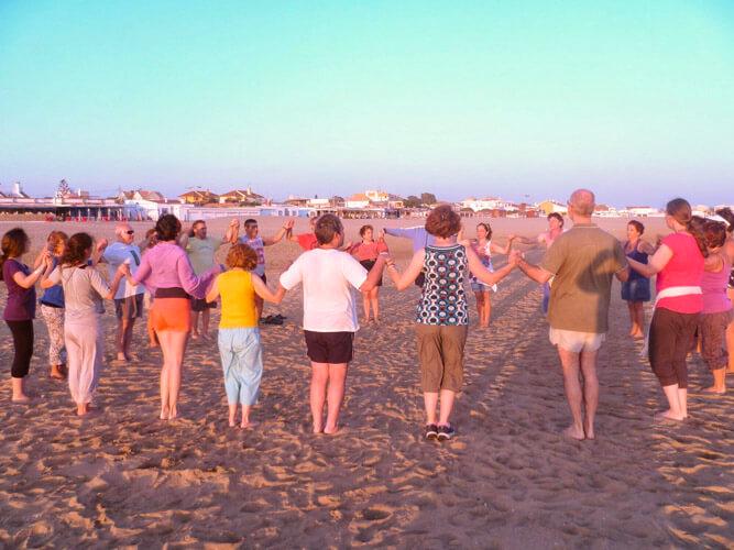 fotos vacaciones alternativas playa grupo